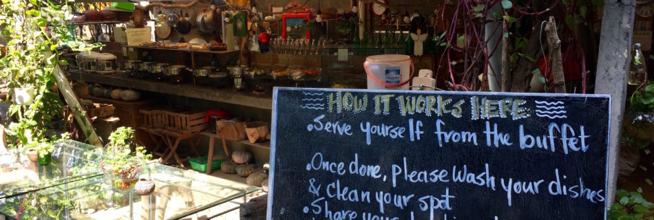 Eating and sharing in Ubud – 9 Angels Vegan Restaurant and Community Center